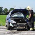 ФОТО и ВИДЕО | В столкновении грузовика и легковушки пострадали два человека