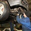Remonditöökodades igavust ei tunta, sest paljud autod tuuakse Eestisse riketega või suisa avariilistena, ehkki müüjad seda ostjatele ei tunnista. Foto: Christo Neemre