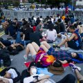 Peking hoiatab: ajades asju ebaseaduslikult, langeb Hongkong kaosesse