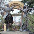 Nõukaaegsed monumendid Gruusias: hiiglaslikud kujud minevikust