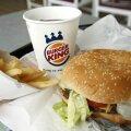 Lugejad: kiire päev pole vabandus lapsele burgeri ja friikartulite ostmiseks!