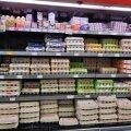 Põhade eel on munalett rikkalik, ent suurt ostuhuvi näitavad kaubvalikusse tekkinud tühikud.