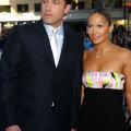 FOTOD   Kas aasta on jälle 2002? Jennifer Lopez ja Ben Affleck on teineteist taasleidnud