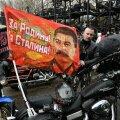 """FOTOD: Kremli-meelne motojõuk alustas loosungi all """"Stalini eest!"""" teekonda Berliini"""