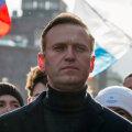 Более 300 тысяч человек поддержали новую акцию за Навального