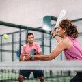 Maailmas on miljoneid aktiivseid padeliharrastajaid, aga Eestis spordiala alles kasvatab populaarsust. Mis selle mängu eriliseks muudab?