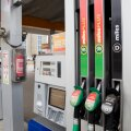 Эксперты объясняют: заправляться 95-м бензином или 98-м?