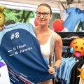 DELFI VIDEO RALLY ESTONIALT | Tänaku särgid müüvad kui soojad saiad, 30-euroseid vihmavarje ostetakse päikese kaitseks