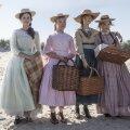 VÄIKESED NAISED: Režissöör Greta Gerwig toob ekraanile 19. sajandi kirjandusklassika kaasahaaravalt mängulises ja valulikult nüüdisaegses käsitluses. Fotol (vasakult) õed Marchid Emma Watsoni, Florence Pugh', Saoirse Ronani ja Eliza Scanleni kehastuses.