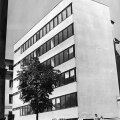 Tallinna vanalinnas Harju ja Müürivahe tänava nurgal asuva Maaehitusprojekti projekteerimisinstituudi peahoone hoovipoolne juurdeehitus. Arhitektid Toomas Rein ja Veljo Kaasik. Maja valmis aastal 1967.