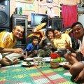 2018. aasta 1. jaanuaril ärkas Meigo ühes kohalikus kodus Sumatra saare mägedes Indoneesias. Kohalik perekond, kes teda eelmisel õhtul oma koju kutsus, oli väga-väga lahke!