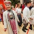 Obinitsa lõpetas soome-ugri kultuuripealinnaks olemise, ühtlasi peeti talsipüha