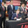 ФОТО | В США подписан договор о закупке для Сил обороны новых автоматов