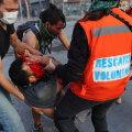 Tšiili protestide verine päev: üle saja inimese sai kokkupõrgetes vigastada