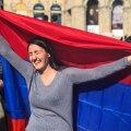 Kümned tuhanded inimesed tähistavad hiljuti peaministriks saanud Serž Sargsjani tagasiastumist