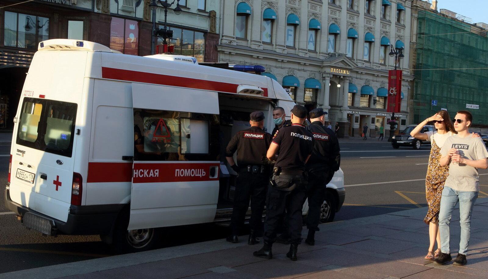 """Российская """"Скорая"""" за работой"""