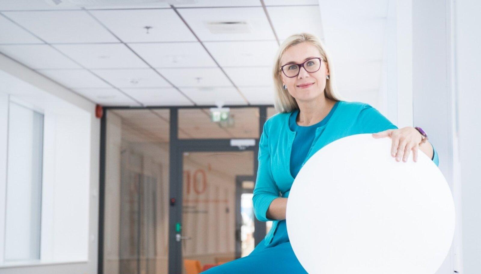 Kadri Simson ütleb, et see, kas Eestis hakkab tulevikus kehtima n-ö klassikaline astmeline tulumaks, nt kolme astmega, on eelseisvate koalitsiooniläbirääkimiste küsimus.
