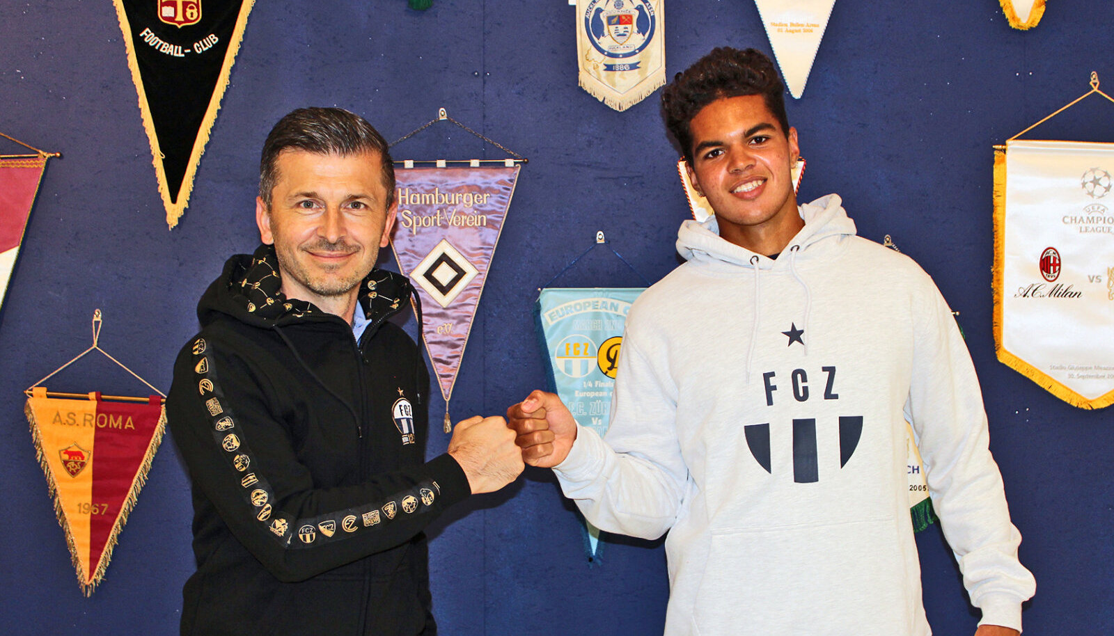 FC Zürichi spordirektor Marinko Jurendic (vasakul) ja Carson Buschman-Dormond.