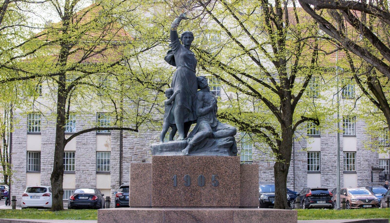Lembit Palutedre 1905. a revolutsiooni monument