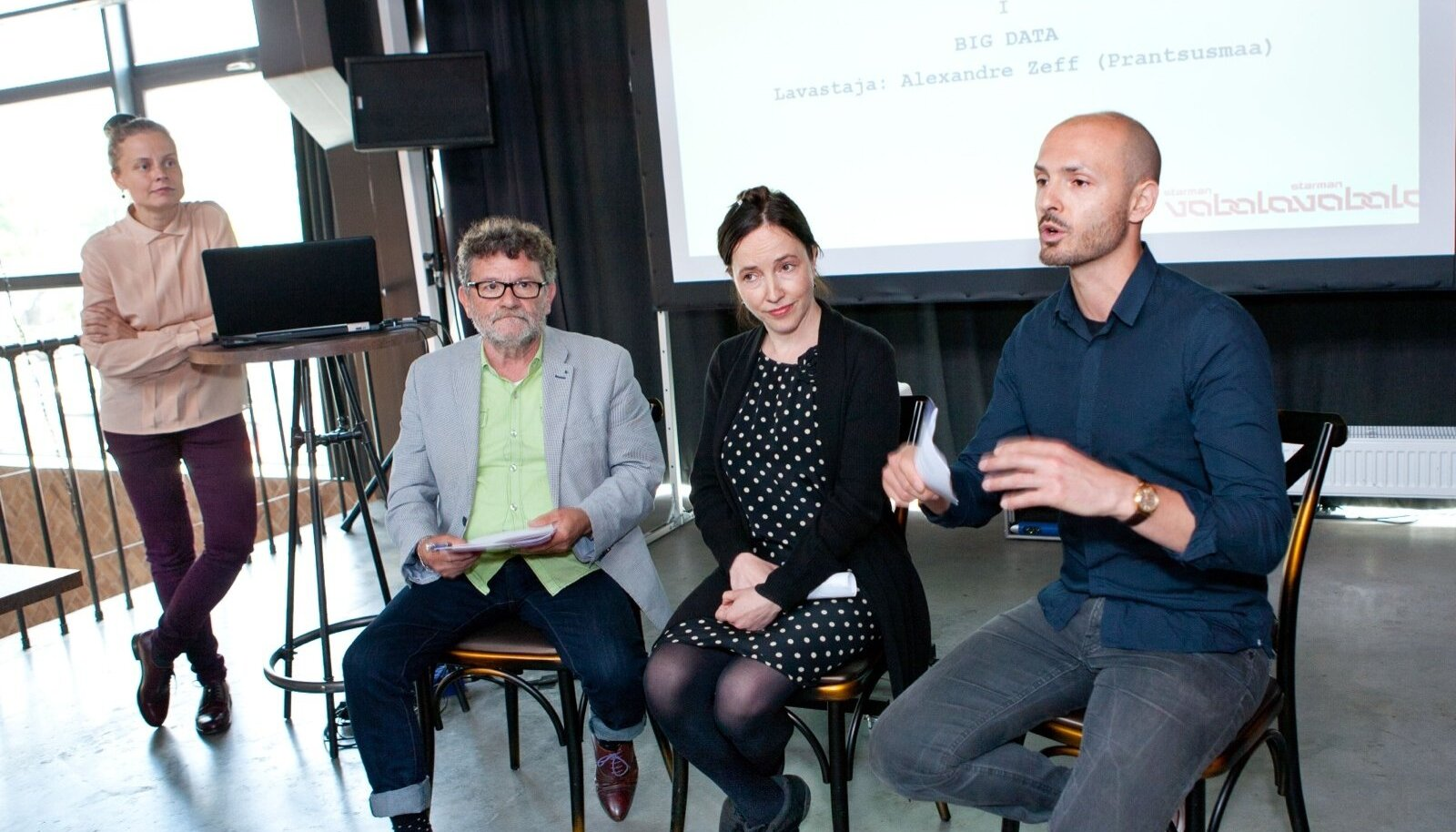 Kristiina Reidolv, Liina Keevallik, José Alfarroba, Tristan Barani Vaba Lava kuraatoriprogrammi tutvustamas