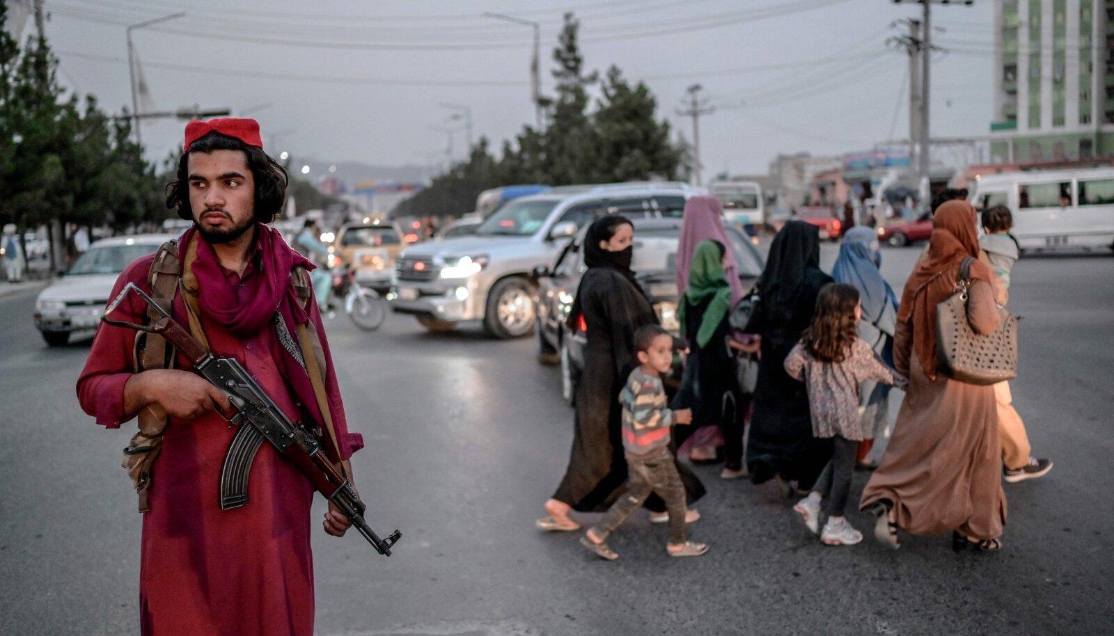 Talibani võitleja Afganistani pealinnas Kabulis.