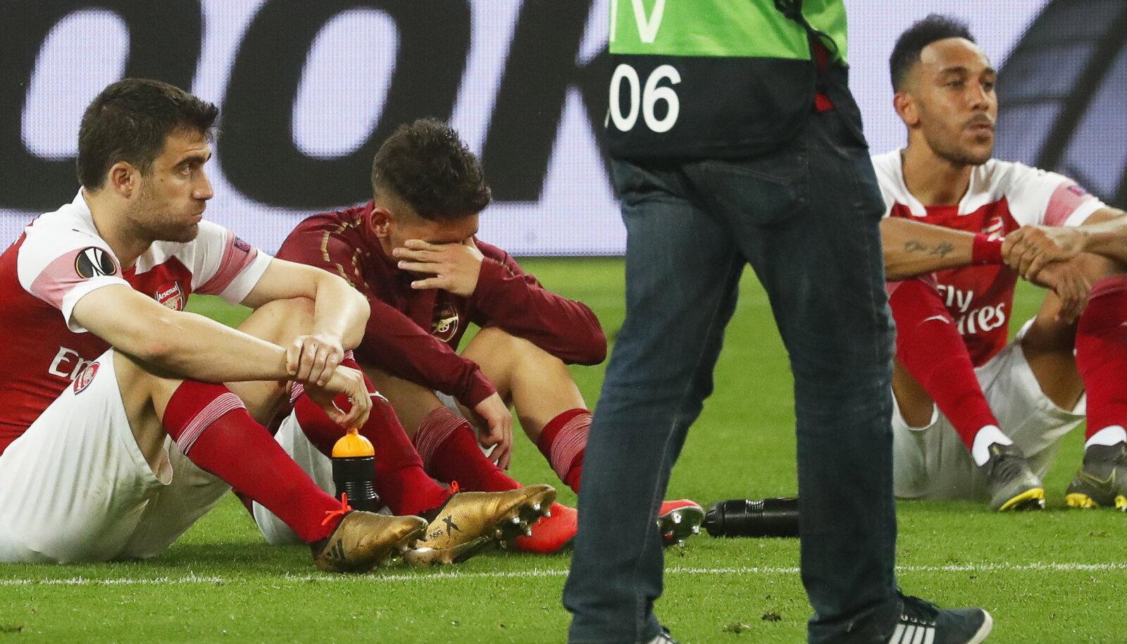 Arsenali pettunud jalgpallurid