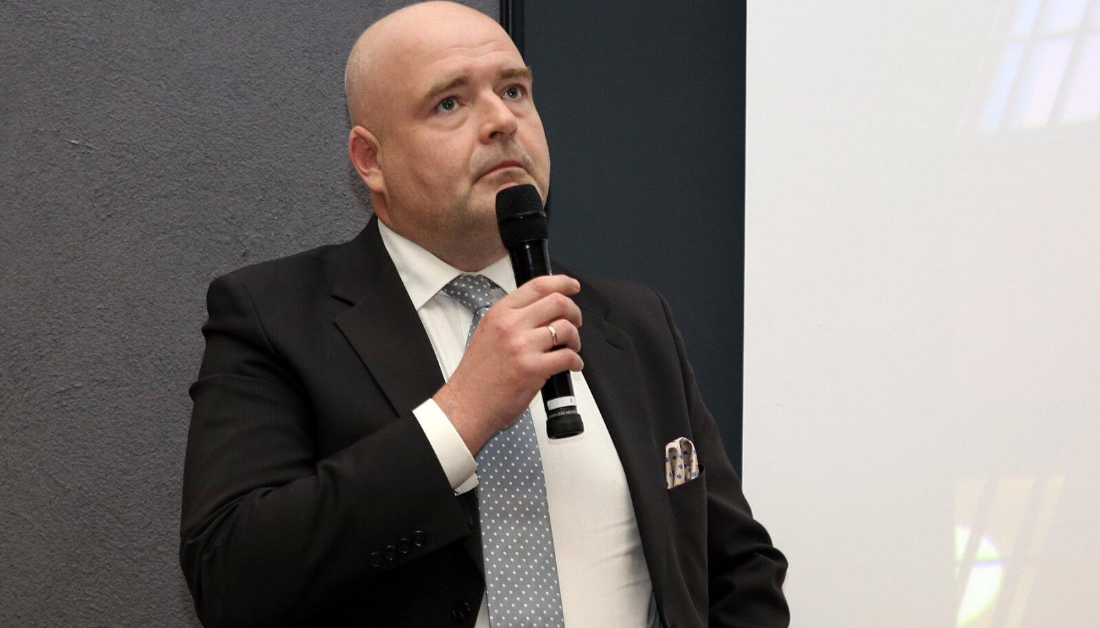 Андрес Анвельт, министр внутренних дел ЭР