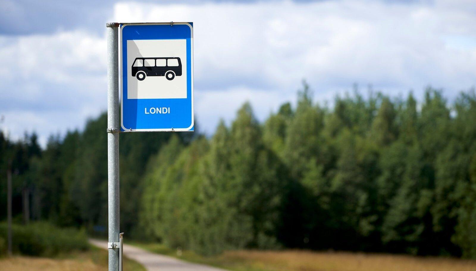 Bussiga Põrgusse sõita ei saa, isegi bussipeatus külas ei kanna Põrgu nime.