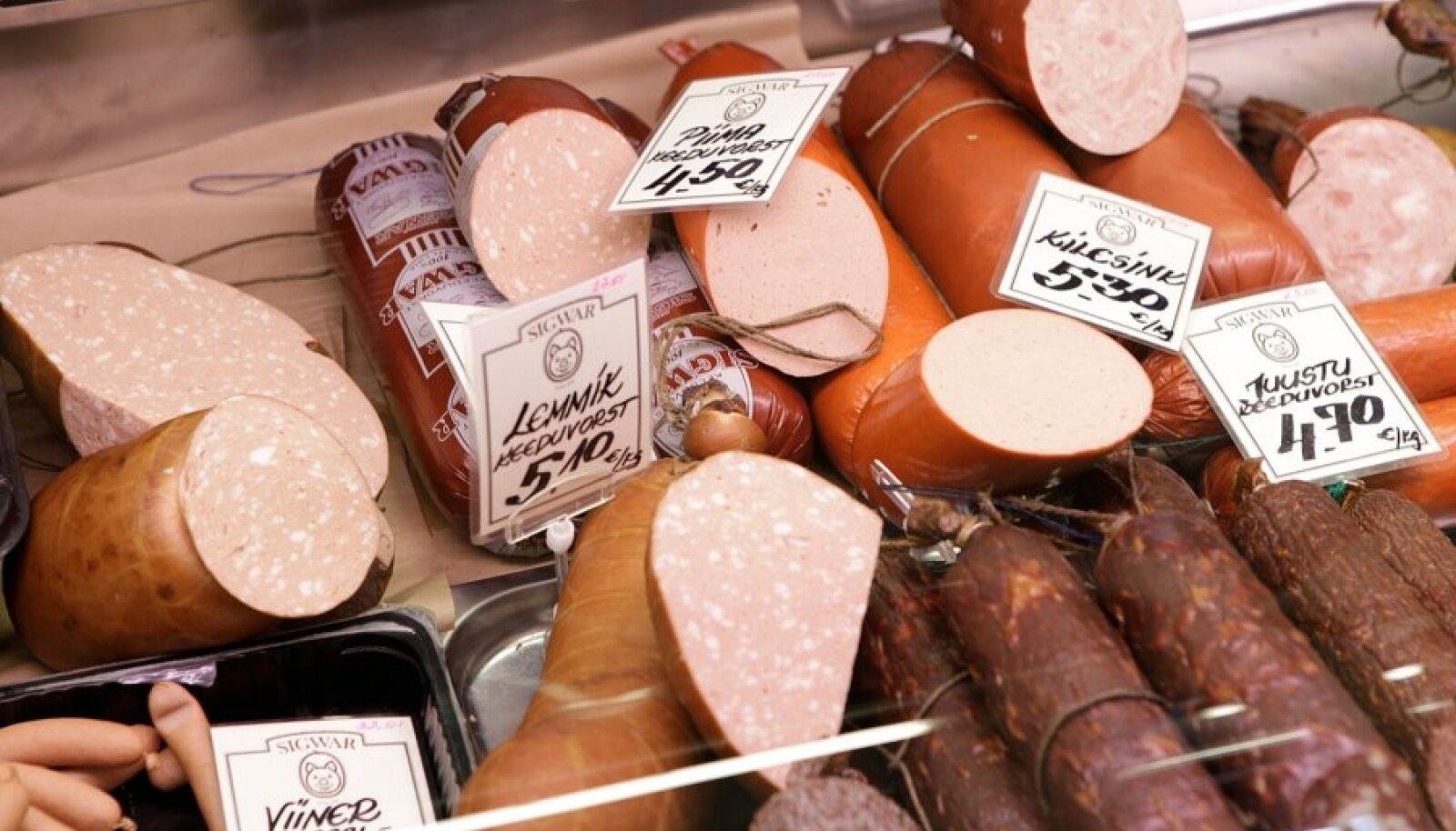 Nitrit on lihatoodetes vajalik toiduohutuse tagamiseks.