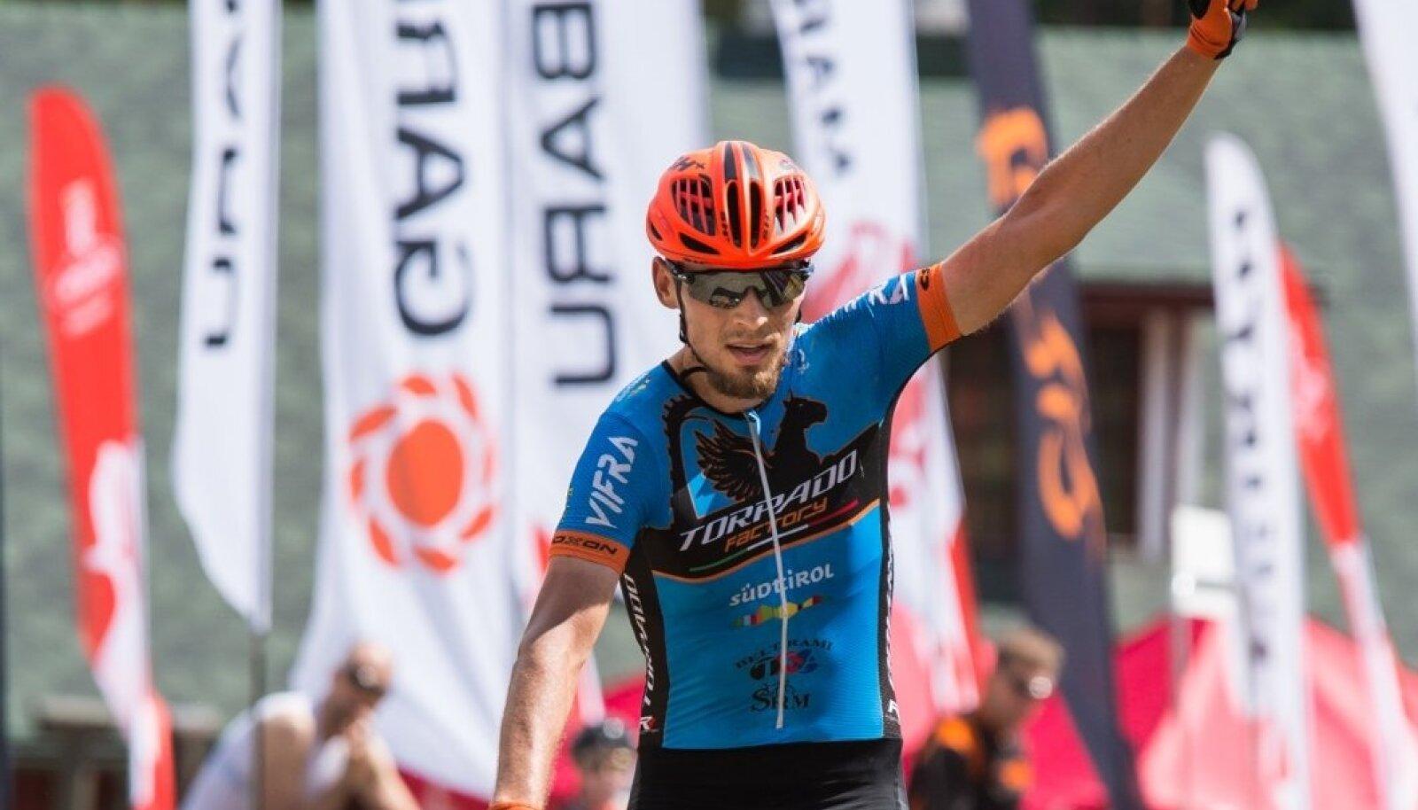 Valgehobusemäe rattamaratoni kolmekordne võitja Peeter Pruus finishis