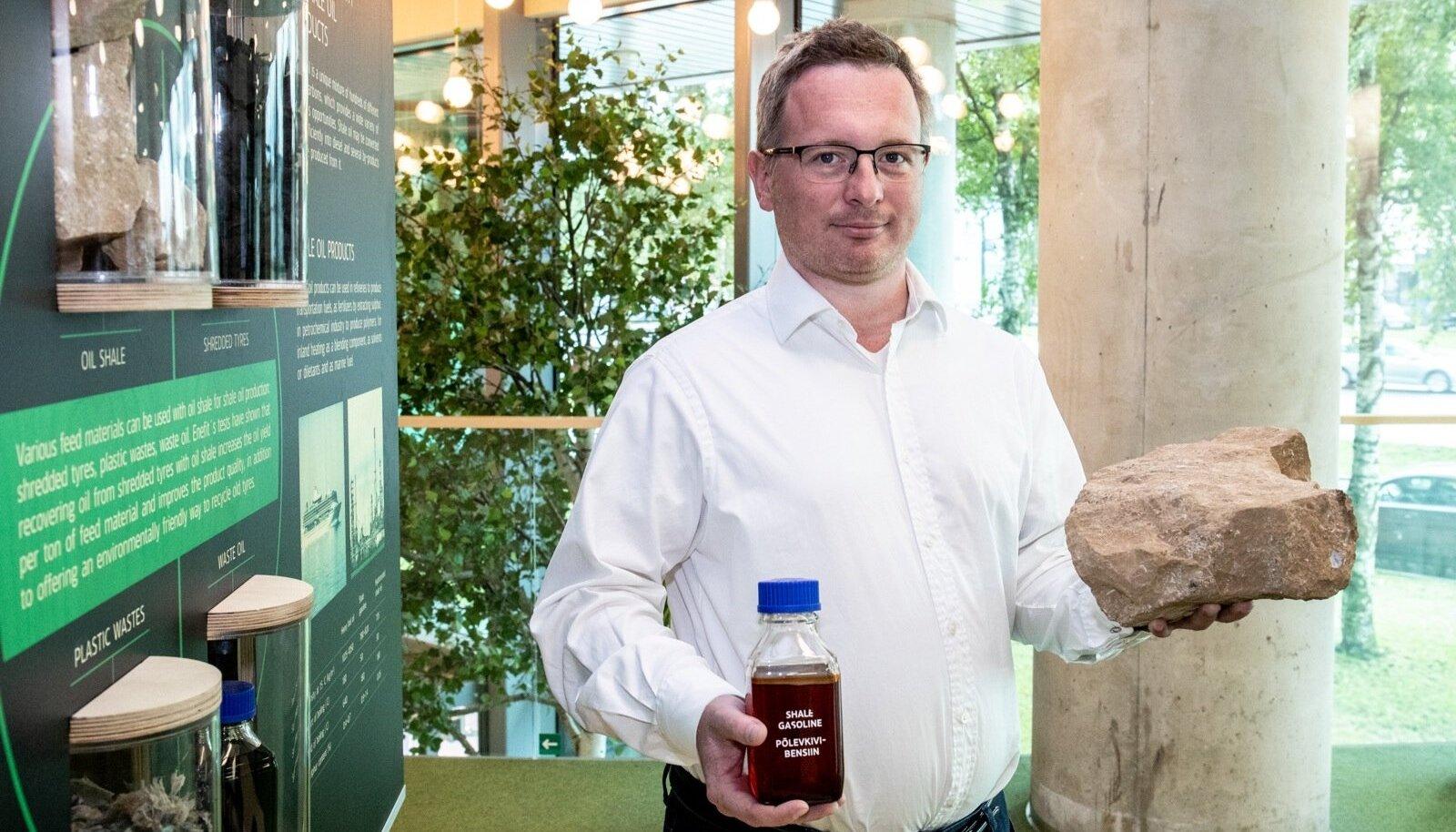 Eesti Energia juhatuse liikme Margus Valsi sõnutsi tasuks eelrafineerimistehase rajamine end ära alla kümne aastaga.