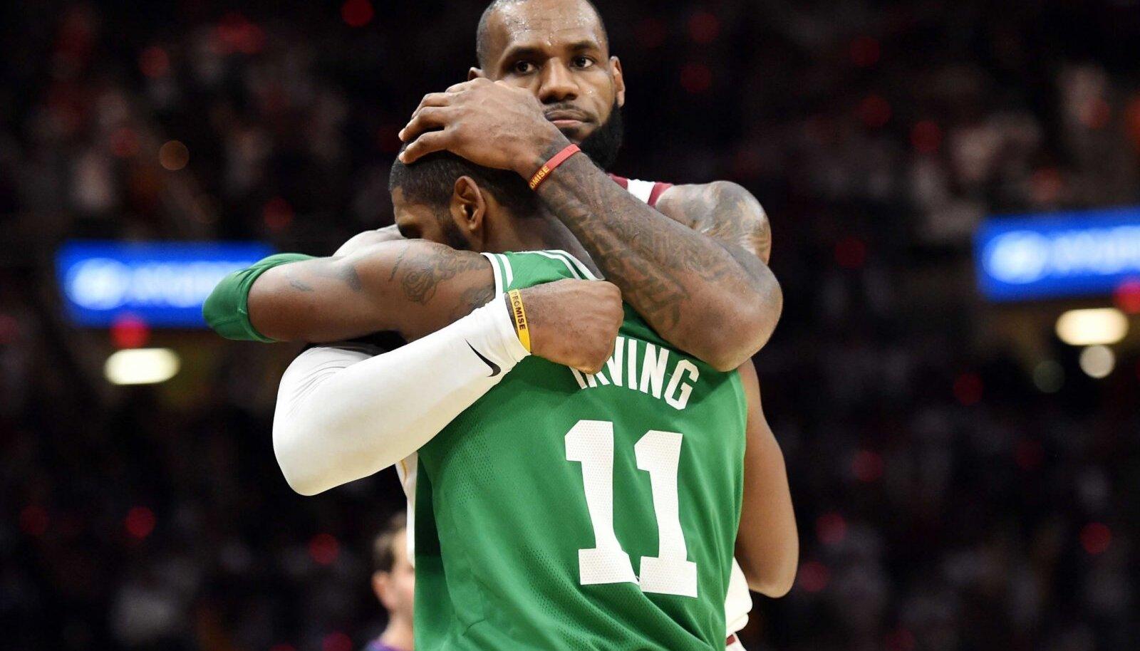 LeBron James ja Kyrie Irving