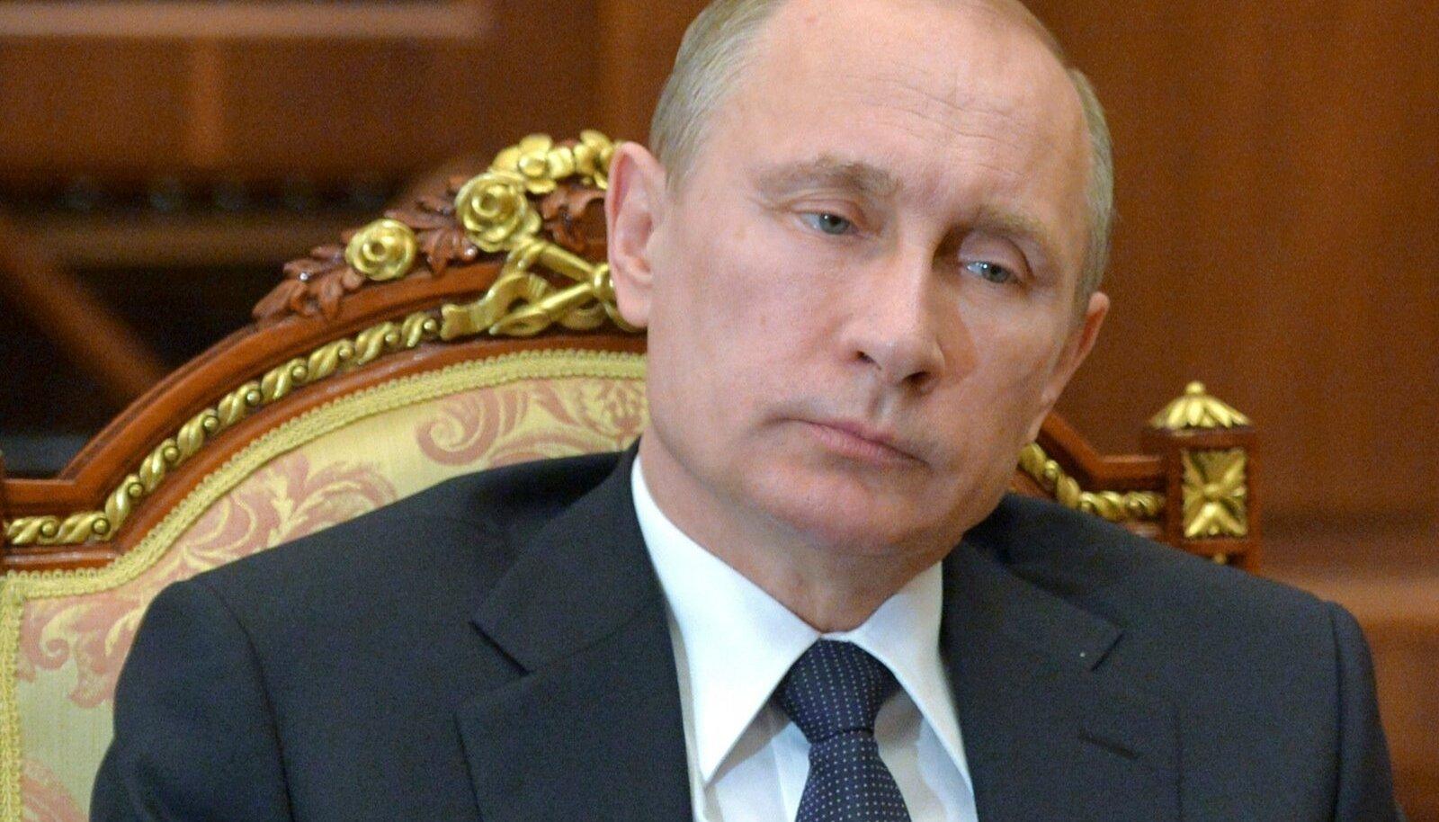 Vladimir Putin oma viimasel avalikul kohtumisel Karjala kuberneriga