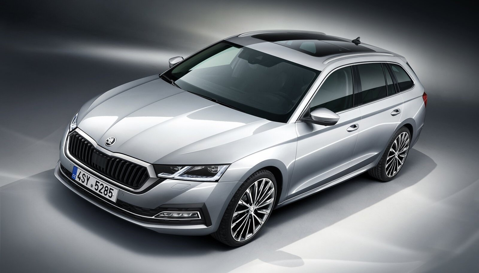 Eestlaste ühe lemmikauto Škoda Octavia kuni kahe aasta vanuseid versioone pakutakse auto24 veebikeskkonnas praegu müüa hinnavahemikus 13 500–33 500 eurot. Kokku leiab sealt 48 sellist kuulutust.