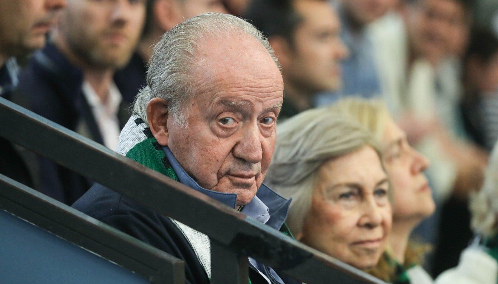 Hispaania ekskuningas Juan Carlos vaatas mullu koos abikaasa Sofíaga lapselapse käsipallimängu.