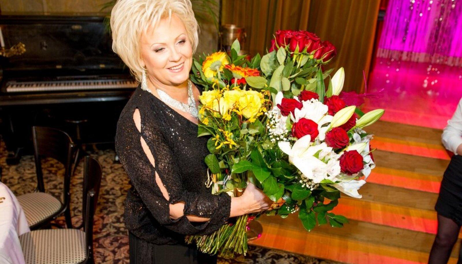 Anne Veski plaadi esitlus kontsert Glorias