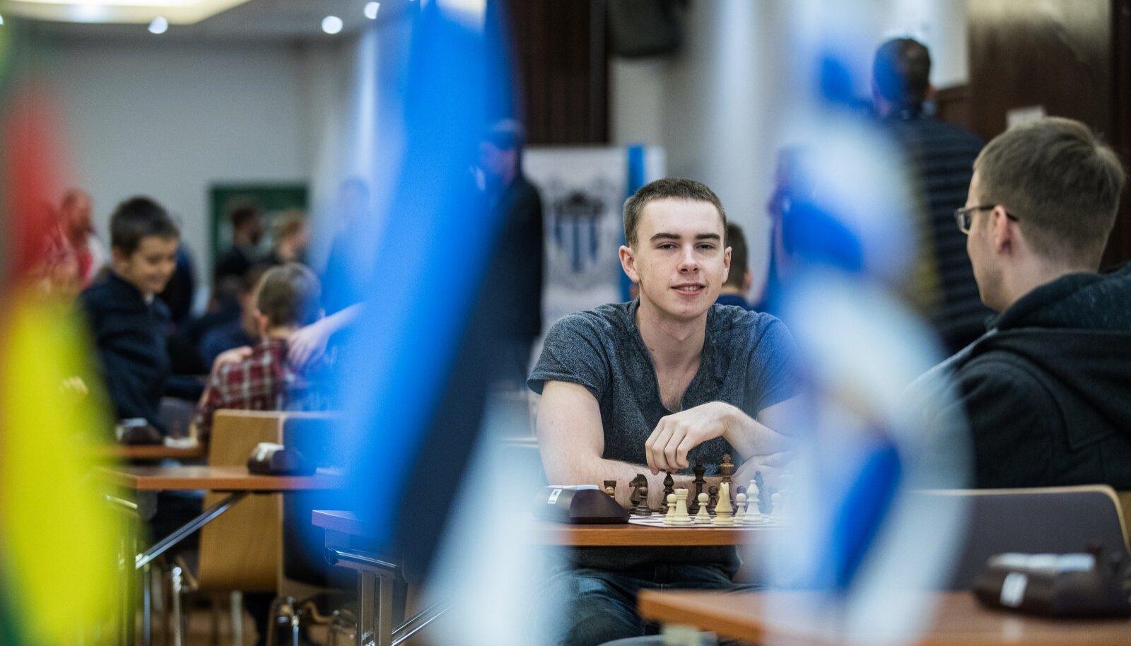 Ottomar Ladva – siis veel maletaja, aga nüüd maailmatasemel pokkerimängija