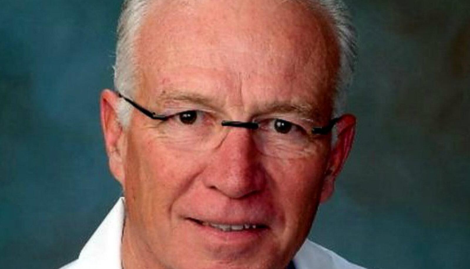 Ameerika südamekirurg doktor Dwight Lundell
