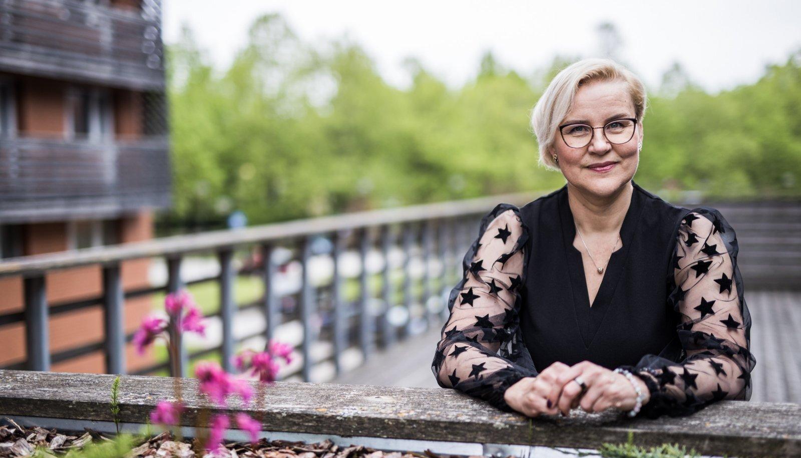 Eesti õdede liidu president Anneli Kannus ütleb, et niigi terava tööjõupuuduse tingimustes on tudengite juhendamine lisatöö, mille eest peab maksma tasu.