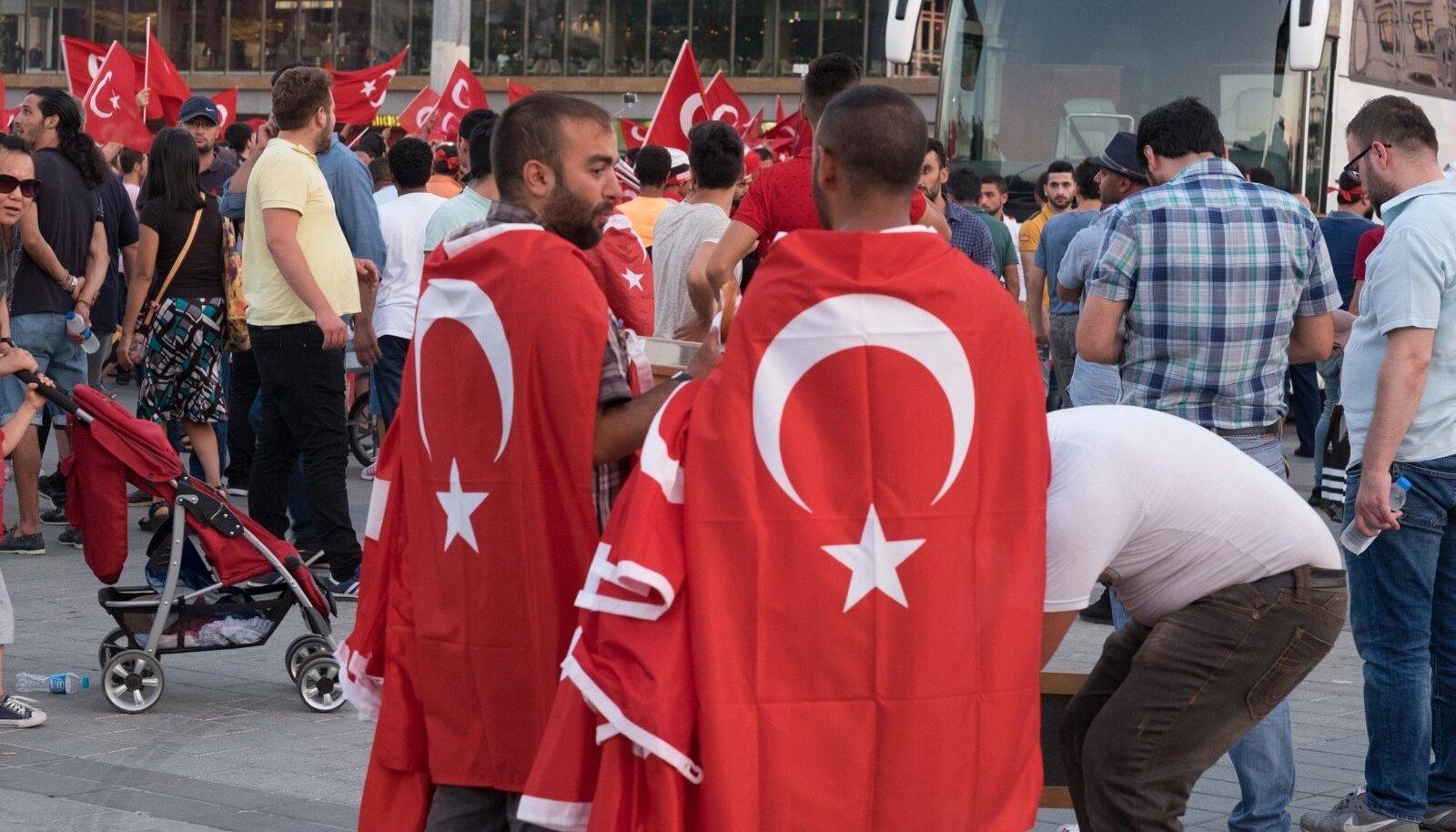 Istanbuli tänavapilt möödunud suvel