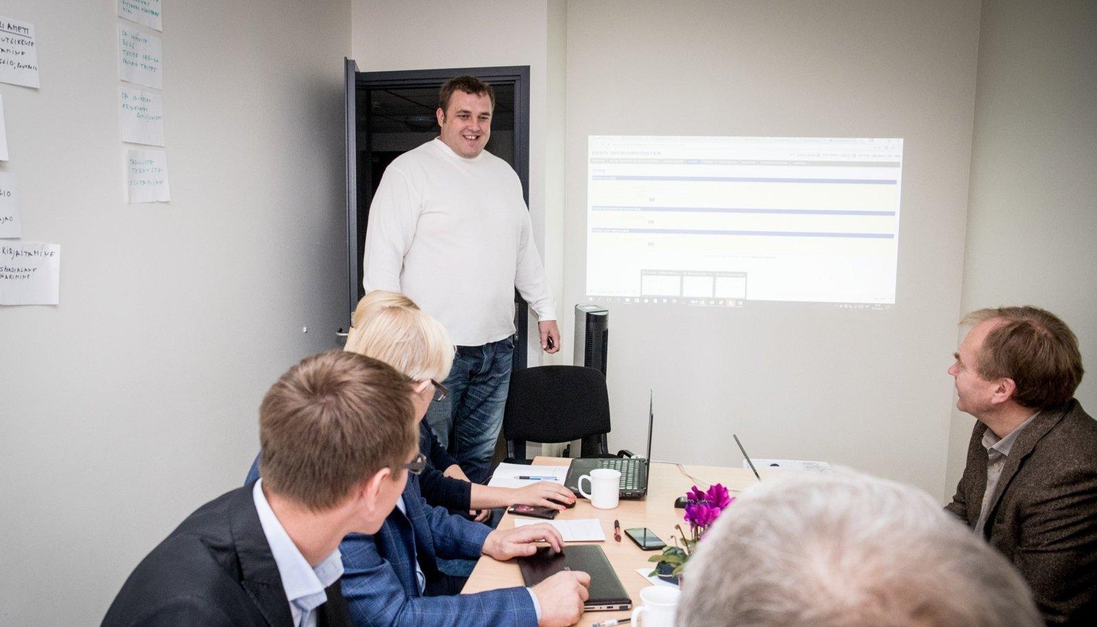 Kaido Höövelson taotles Spordikoolituse ja -Teabe Sihtasutuses treeneri tunnistust.