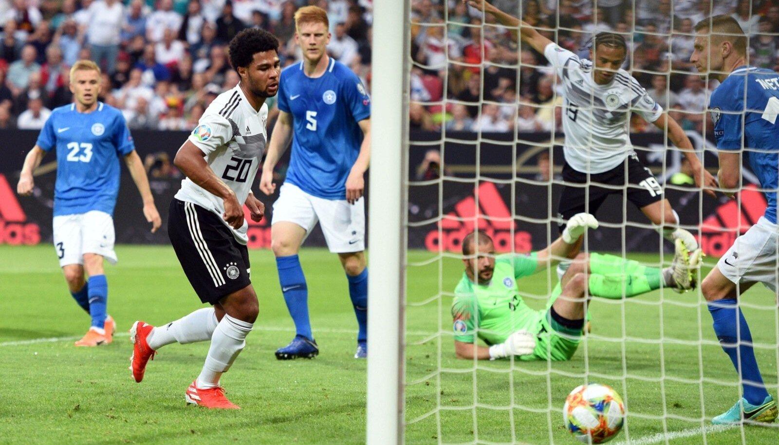 03503020d32 Eesti jalgpallikoondise probleemide üle juurdlemine läks rohkem hoogu, kui  kõik nägid, et sakslaste osavus oli eestlaste jaoks ilmselgelt liiast.