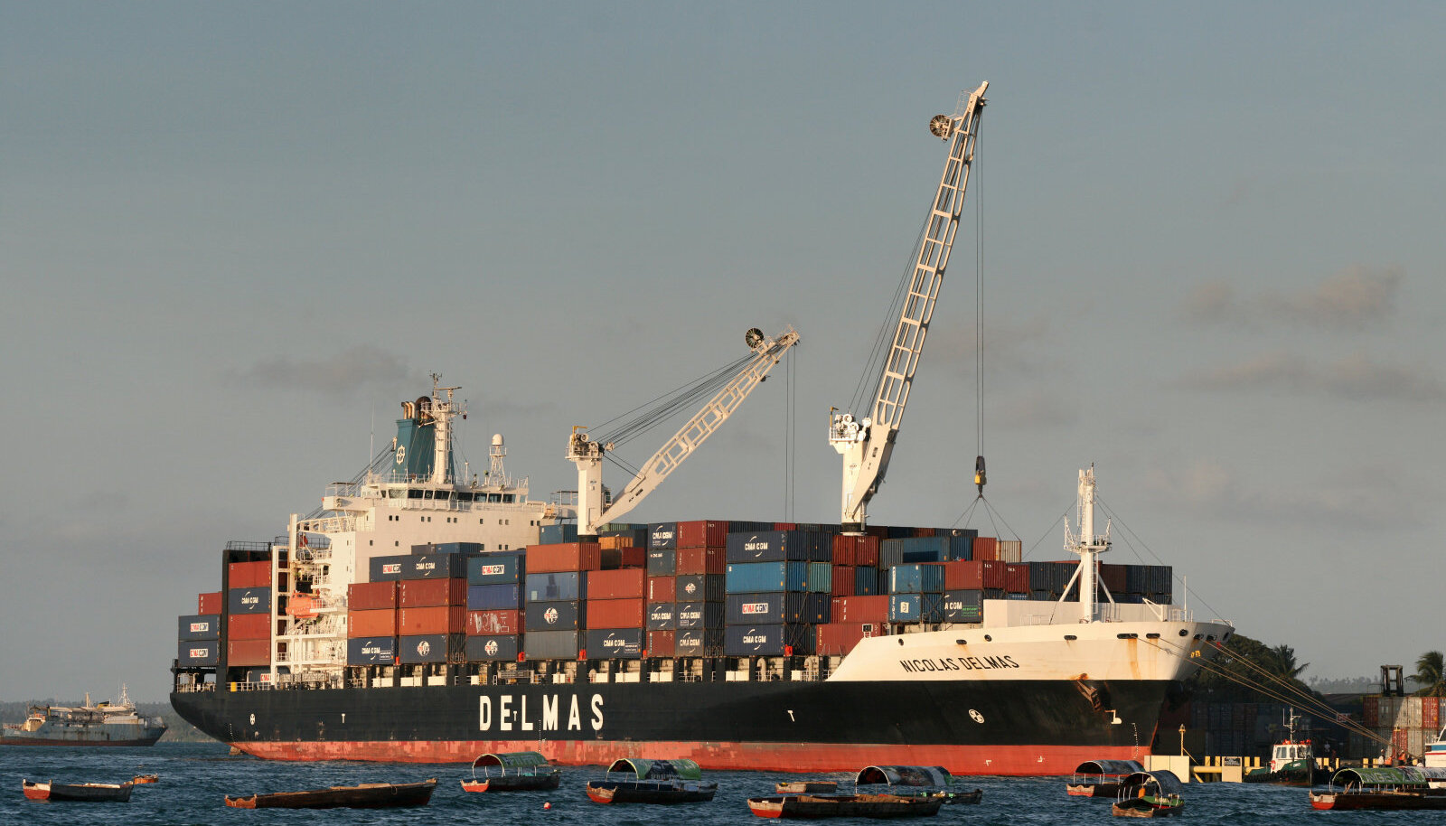 Enne kriisi oli konteineri hinnaks umbes 1600 USD, mis nüüdseks on 2500 USD-ni tõusnud.