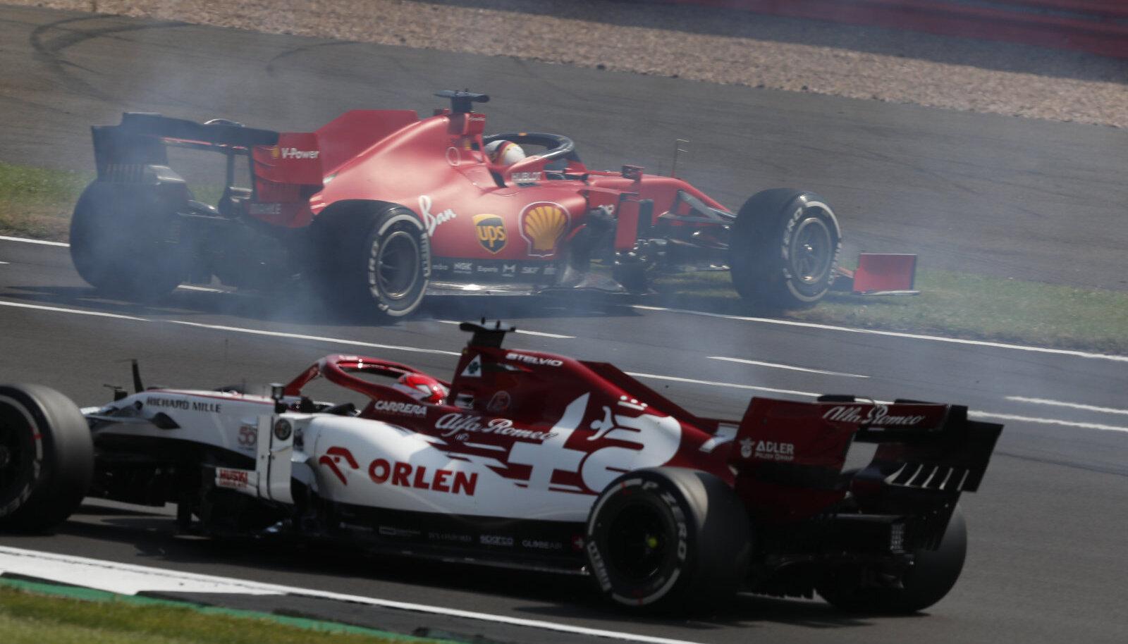 Sebastian Vettel tegi esimesel ringil üle äärekivi sõites pirueti.