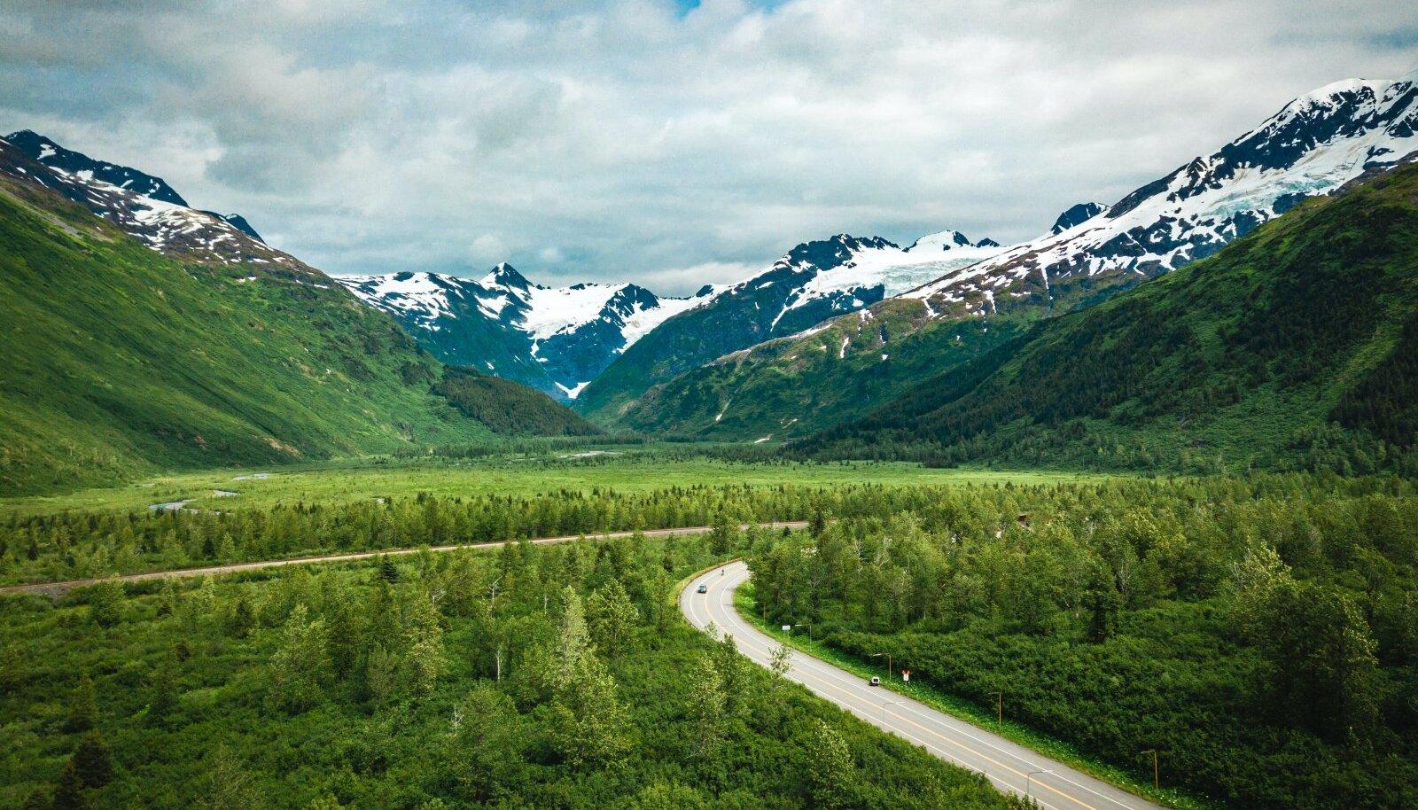 Mitmekesise ja hõreda asustusega Alaskal ei tohiks sotsiaalne distantseerumine raskusi valmistada
