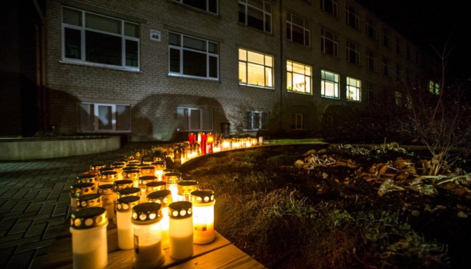 Paalalinna kool õhtul