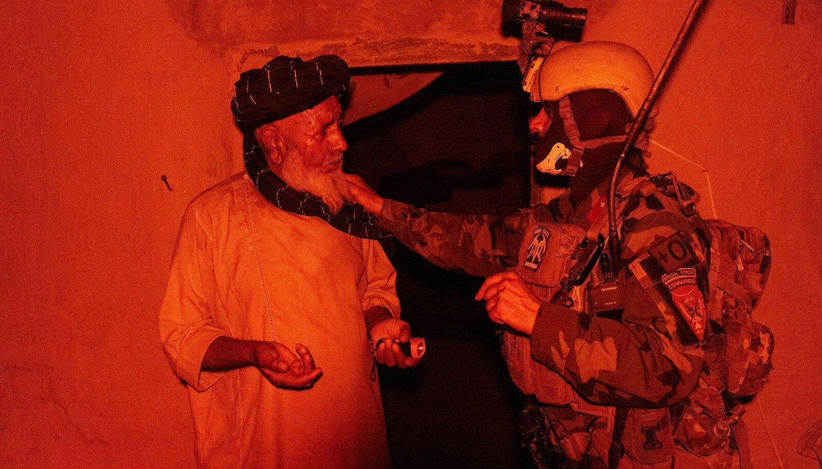 Afganistani eriväed eile Kandaharis Talibani vastasel operatsioonil.