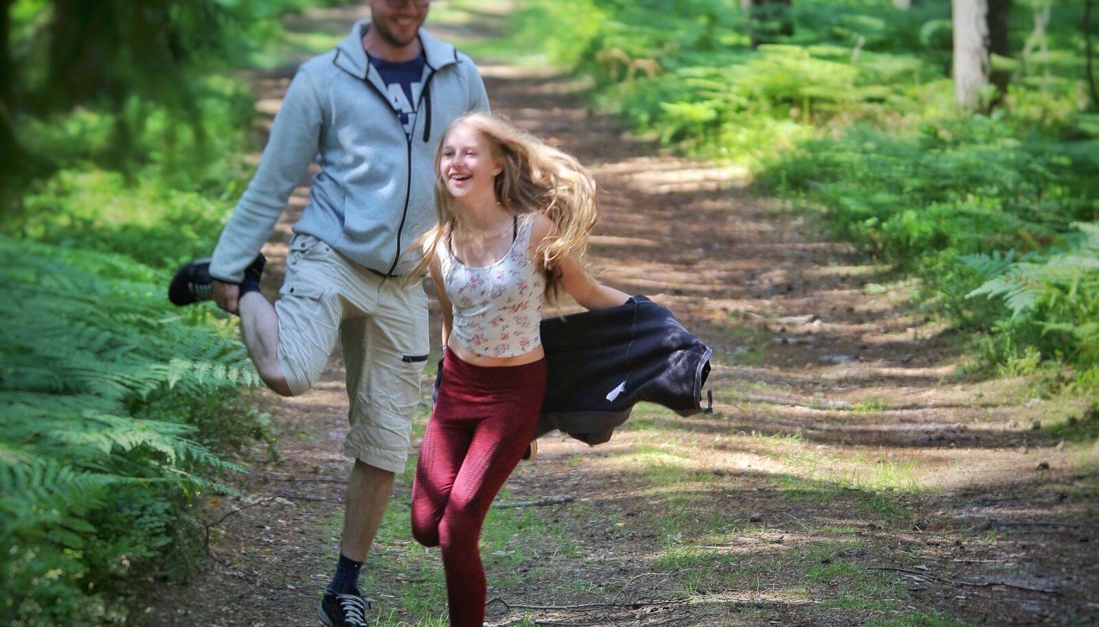 Metsakümblus - metsas jalutamine kübekese teadusega