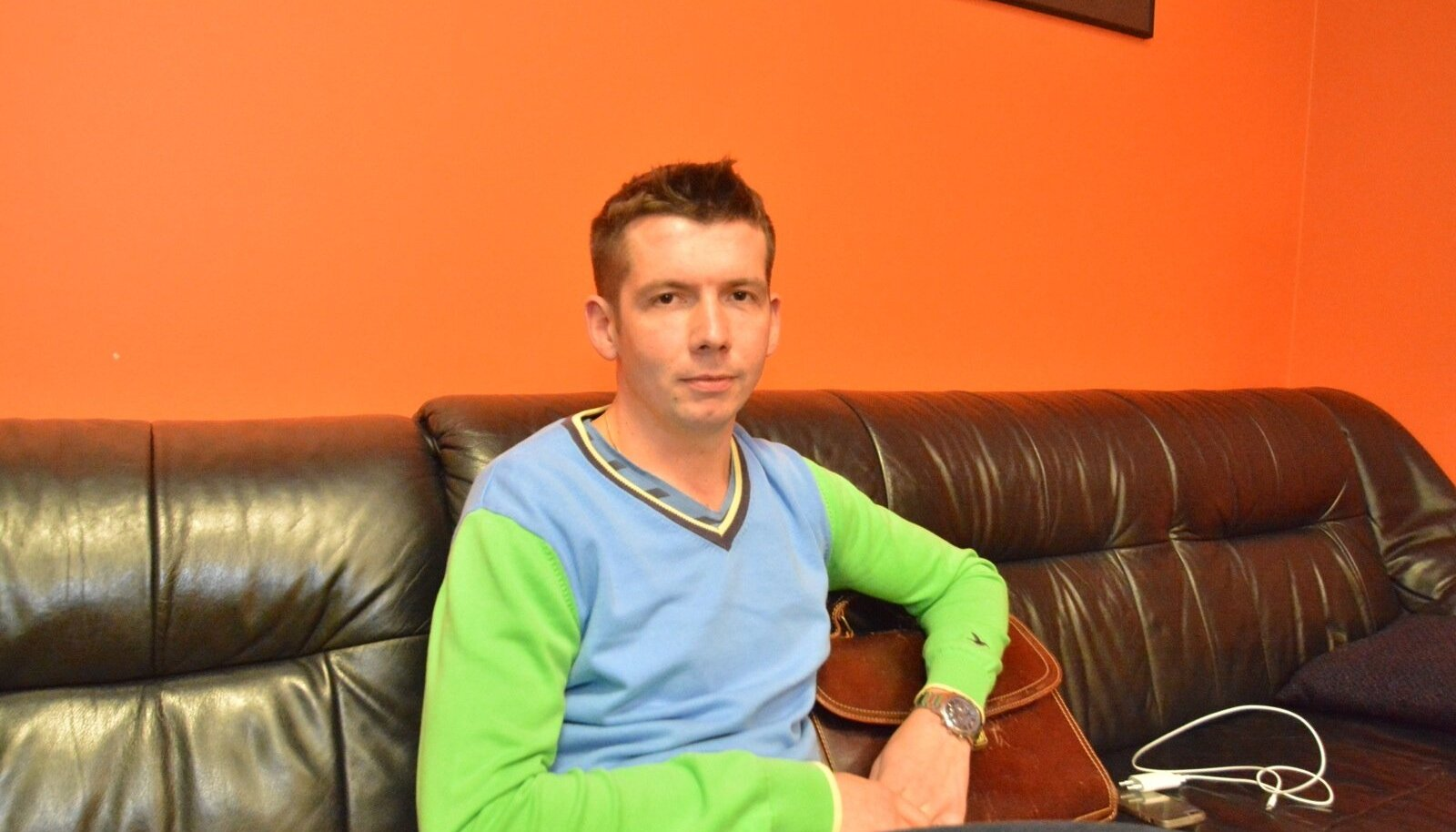 Martin Repinski Maalehele avameelset intervjuud andmas.