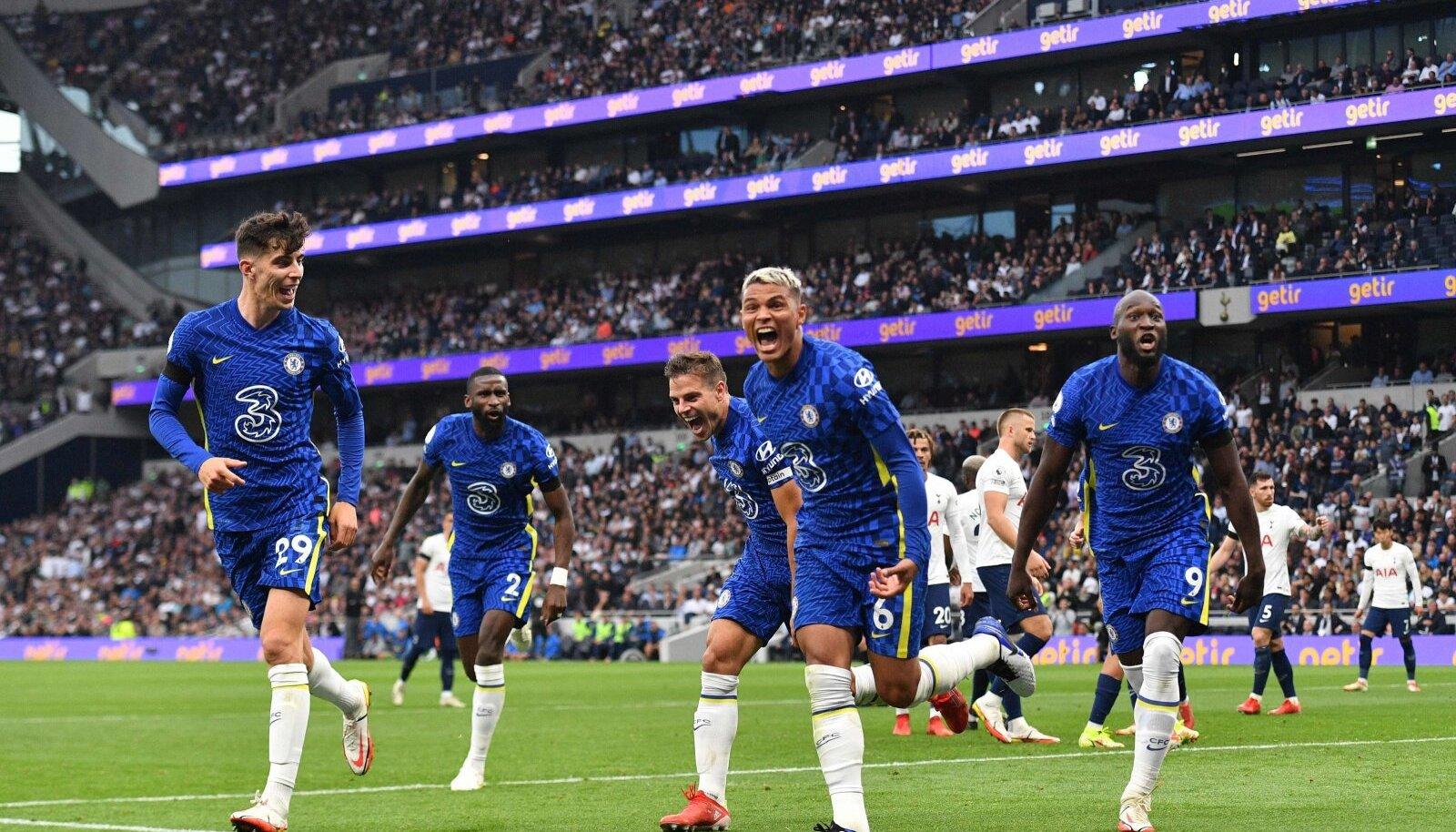 Londoni Chelsea mängijad said kohtumises Tottenhamiga kolmel korral värava löömist tähistada.